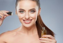 Top 10 Benefits of Grapeseed Oil for Skin, Hair & Nails